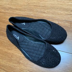 MIA black flat with black rhinestones all over
